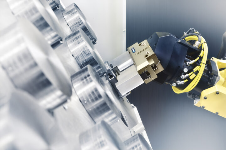 PGN-plus-P: The benchmark gripper from SCHUNK